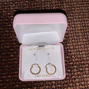 Other - Girls gold hoop earrings